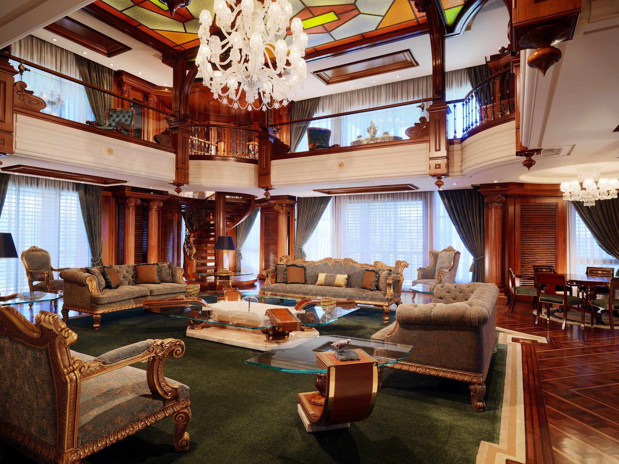 Largest suite in the world royal residence at grand for Most expensive hotel suite in the world
